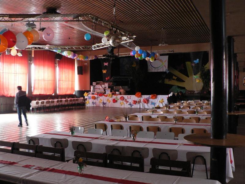 Připravený sál před zahájením