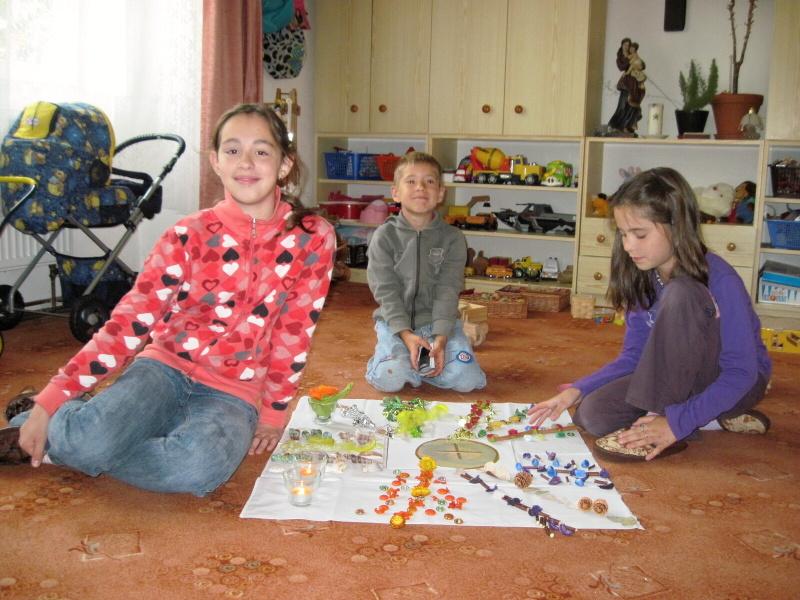 Náboženství ve školce: Maruška, Jenda a Kačka