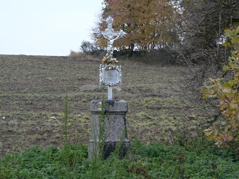 Osmý úkol: Krejčův kříž před Kovářovem...