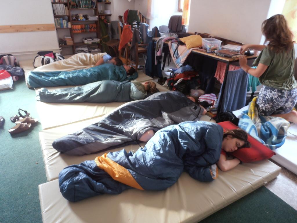 Nová ložnice pro holky v úterý ráno