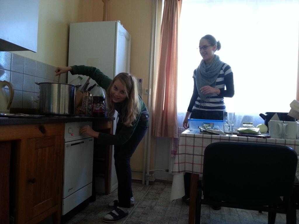 Mezitím Aničky vařily oběd