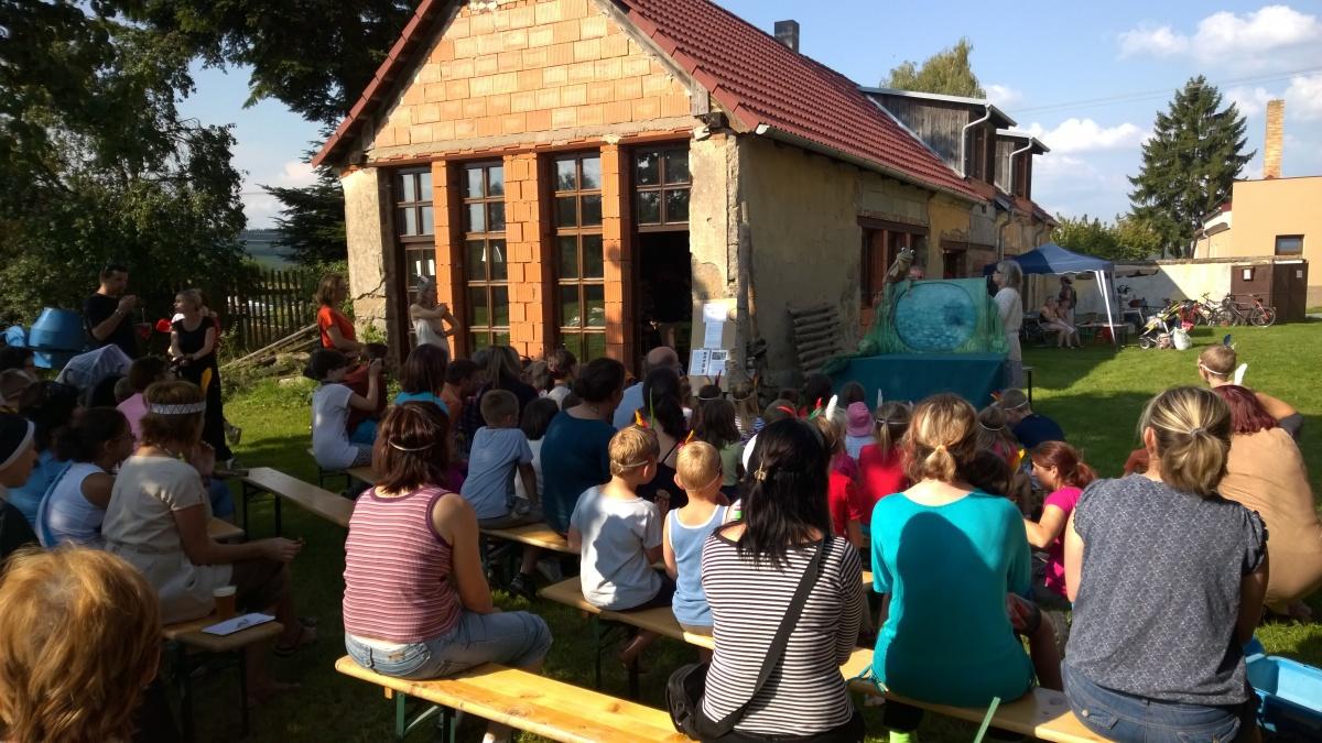 Představení divadla Kvak a Žbluňk