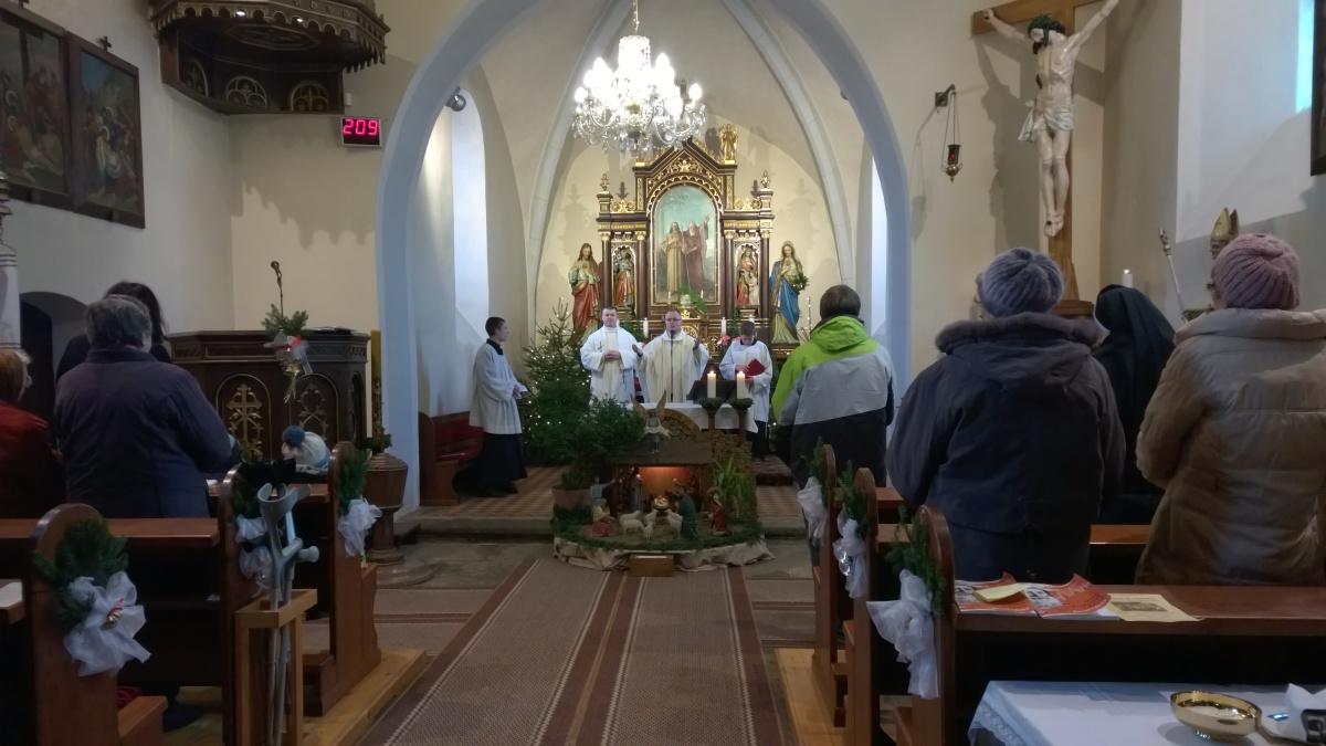 Oslavu jsme zahájili mší svatou v kostele